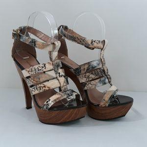 Qupid Cream Multi Snake Platform Shoes Size 7 1/2